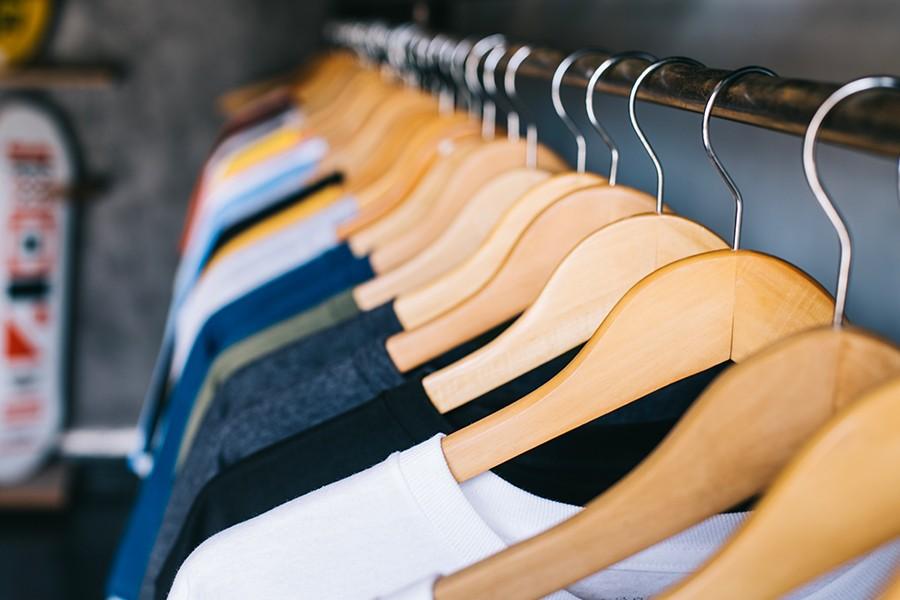 Juíza afasta cobrança de IPI na revenda de roupa importada